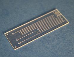 hydrophobic microfluidic device