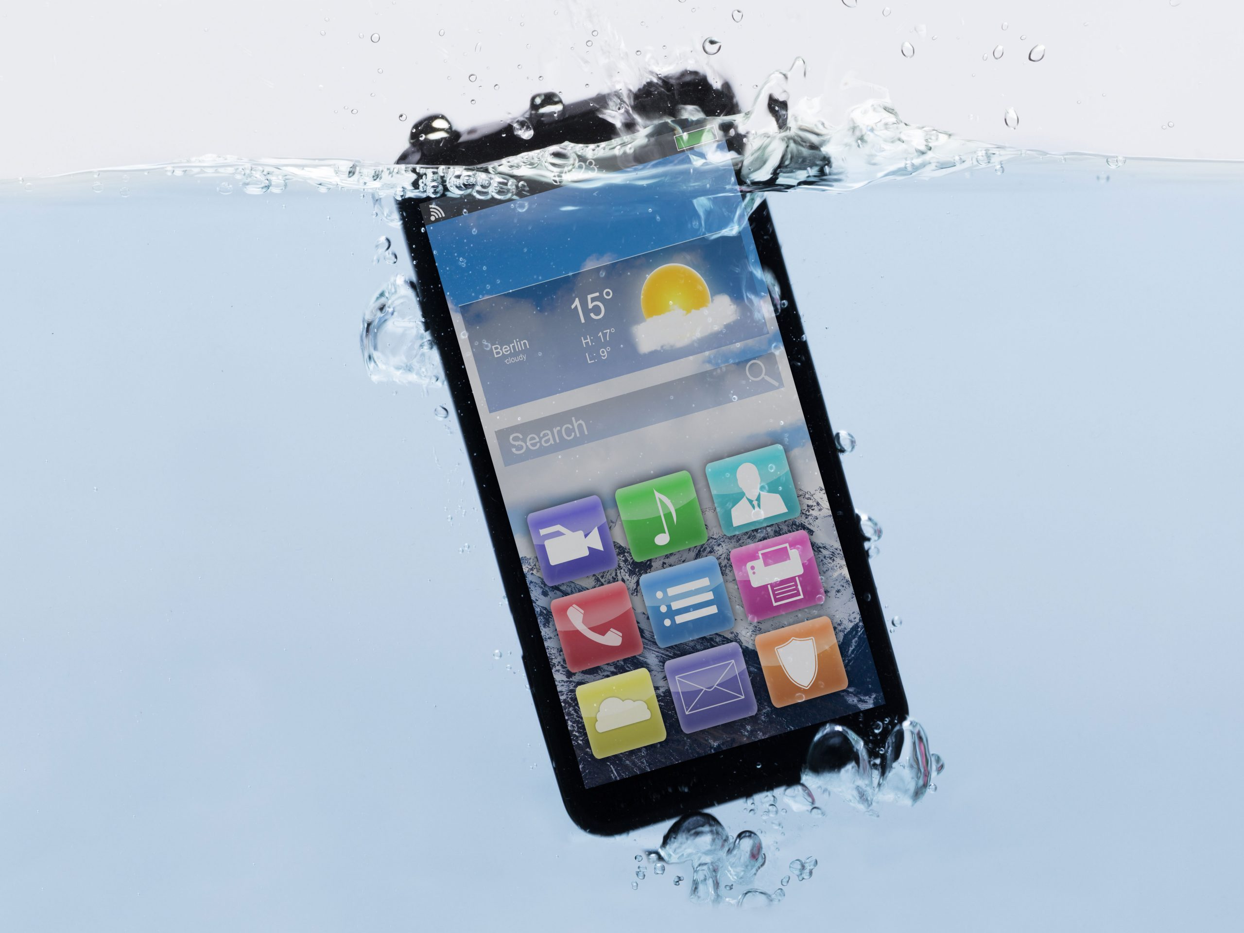 IPX7 cell smart phone protected by PCB Waterproofing