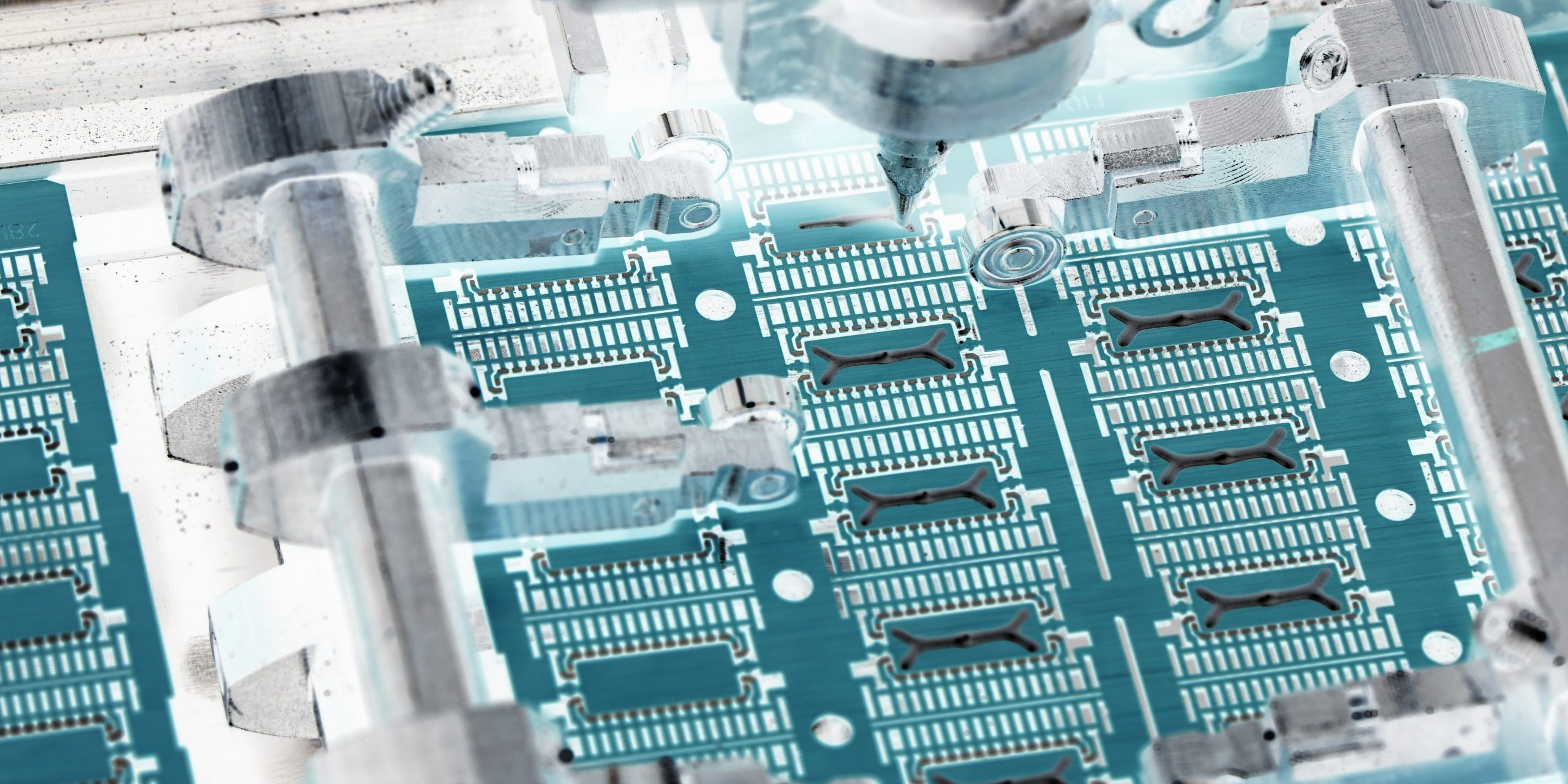 PCB utilizing Aculon adhesion promotion technology